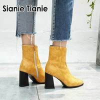 frauen grau stiefel high heel großhandel-Sianie Tianie 2019 Winter Herbst gelb graue Frau pumpt High Heels Schuhe sexy Schlangendruck Reißverschluss Damen Stiefeletten Größe 33-43
