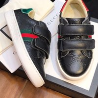ingrosso vendita di scarpe da tennis per neonati-Sneakers per bambini in vendita Scarpe per bambini di design Scarpe in pelle per bambini di design in vera pelle Calzature per bambini di alta qualità