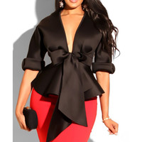 blusa de mujer sexy negro al por mayor-volantes v cuello de la blusa de las mujeres atractivas de los marcos del arco tapas de cintura peplum señoras elegantes medio partido de la manga tapa blanca blusa de verano negro