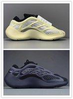 ingrosso scarpe di basket luminose-700 V3 Azael Luminous Grigio Nero Kanye West scarpe da basket 3M Olimpiadi Glow In Dark modo del progettista Mens correnti di sport scarpe da tennis