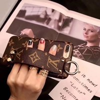 Wholesale Luxury designer wrist strap phone cover case for iphone s plus for iphone x xr xs max for iphone pro pro max A09