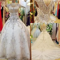 vestido de bola de organza nude venda por atacado-Frisada vestido de baile vestidos de casamento Halter até o chão de cristal de organza strass vestido de noiva de luxo Sexy personalizado vestidos de casamento