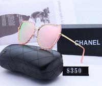 kutular güneş gözlüğü toptan satış-Lüks Güneş Gözlüğü Tasarımcı Güneş Gözlüğü Marka Moda Sunglass Bayan Yaz UV400 Kutusu ile ayrıntılı tasarım ve mükemmel sanatsal komplo