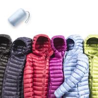 frauen leichte jacken großhandel-Frauen Daunenjacken Winter Damen Jacken Ultra Light Ente Daunenjacken Wintermäntel für Frauen S18101301