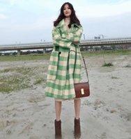 lange mantel weibliche modelle großhandel-Explosion Modelle heißen Wollmantel weiblichen Herbst und Winter beliebte koreanische Tartan Mantel langen Absatz lose dünne Flut grün