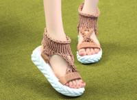casual sandalen häkeln großhandel-Modedesigner lässig Damen Sandalen 2019 neue Mode offene Zehen Wolle Plattform häkeln flache Sandalen 4 Farben