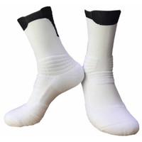 calcetines de secado rapido al por mayor-2019 Deportes al aire libre Calcetines de baloncesto para hombre Calcetines de élite profesionales Calcetines de compresión de secado rápido Calcetín de ciclismo RUN Athletic Racing