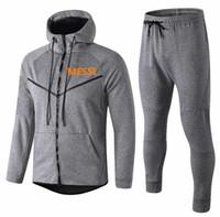 спортивные костюмы оптовых-Горячее надувательство 2019 MESSI мужская одежда молния куртка спортивный костюм 18 19 PIQUE Майо де ног SUAREZ COUTINHO пальто мужские толстовки куртка тренировочный костюм