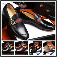 chaussures de mariée pour hommes achat en gros de-Iduzi nouveaux designers hommes robe chaussures en cuir véritable bouton-pression en métal pois de mariage chaussures mode classique chaussures pour hommes grande taille mocassins 38-44