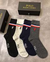 kaliteli uzun çoraplar toptan satış-Yüksek Kalite Marka Mektubu P Erkekler Atletik Çorap Spor Basketbol Uzun pamuklu Çorap Erkek Sonbahar Kış Örgü At Klasik Bussiness çorap