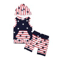 полосатые шорты верхний набор оптовых-Children's Clothing Set Summer 2019 Baby Boys Clothes Cotton Star and Striped Sleeveless Hooded Tops T-Shirt Shorts 1-5T 3C22