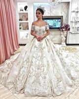 ingrosso abiti da sposa in rilievo principessa-2019 New Princess Beaded Off Ball Gown Abiti da sposa Arabo Dubai Appliques Abito da sposa robe de mariee