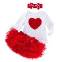 dia de san valentin para chicas al por mayor-3pcs ropa de las muchachas del bebé recién nacido con el día de San Valentín diadema infantiles traje rosa roja 3D Rose florece vestido con tutú con 6 capas de volantes