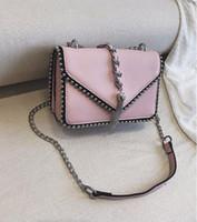 f366b1589d sac à dos croisé rouge achat en gros de-sac à bandoulière en cuir de