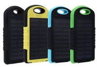 mp5 şarj cihazı toptan satış-Bırak güneş enerjisi bankası Şarj 5000 mAh Çift USB Pil güneş paneli su geçirmez darbeye dayanıklı taşınabilir Açık Seyahat Enternal için cep telefonu