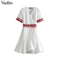 weiße streifen kleiden großhandel-Frauen elegante weiße Kreuz V-Ausschnitt knielangen Wickelkleid Sahes Kurzarm Manschette Streifen Rüschen weibliche Tageskleider