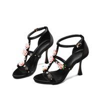 высокие каблуки розовые цветы оптовых-Rose Flower Заклепки Сандалии Женская обувь Высокие каблуки Большой размер Sandales Talons Haut Лето Sandalia Feminina Sexy Sandalias Mujer