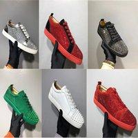 moda cristal rebites venda por atacado-Nova Chegada Spikes Homem Sapatos Casuais Mulher Sapatilha Moda Rebites Low Cut Lace Up Sapatos de Festa de Casamento Drop Shipping Estrela De Cristal Com Caixa