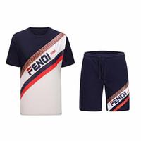 traje deportivo para hombre al por mayor-2019 Mens New Brand Designer Sets camiseta y pantalón de algodón de chándal corto traje de verano para mujer traje deportivo corto 2pcs Set M-3XL
