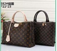 LOUIS VUITTON classic Shell package Women Envelope bags Clutch Chain Purse  Lady Hand bag Shoulder girl Hand Bag01 0b777eb3eca