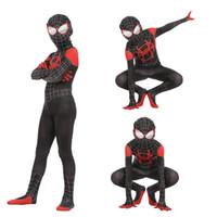 örümcek adam kıyafetleri çocuklar için toptan satış-Boys Cadılar Bayramı Spider-Man Örümcek-Ayetin Içine Cosplay suits 2019 Yeni Çocuklar Avengers Spiderman kostüm cosplay giysi + maske 2 adet setleri B