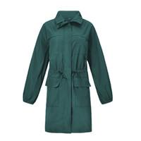 abrigos con capucha verde al por mayor-Ropa de moda al aire libre impermeable del ejército verde luz impermeable con capucha al aire libre de alta calidad de manga completa abrigos montañismo chaqueta de las mujeres