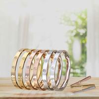 anel de coral de 18k venda por atacado-Família de cartão de cinco gerações chave de fenda em aço de titânio anel eterno amor pulseira casal 18K ouro rosa palavra padrão