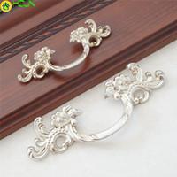 ingrosso tiranti porta fiore-Antique Silver Dresser Pull Handles Drawer Pulls Door Maniglie Flower Cabinet Tira Maniglie Maniglie Hardware per mobili
