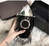 siyah püsküllü omuz çantası toptan satış-kız parti Çanta OO 2C logosu iki Stil Avrupa modacı Kadınlar Debriyaj Cüzdan Siyah akrilik omuz çantası Uzay roket Püsküller çanta