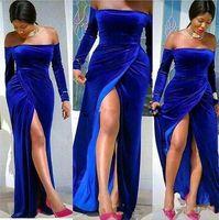 kızlar siyah akşam elbiseleri toptan satış-2020 Yeni Arapça Artı boyutu Abiye Bateau Boyun Kraliyet Mavi Kadife Uzun Kollu Kılıf Yan Bölünmüş Afrika Siyah Kız Parti Balo Abiye