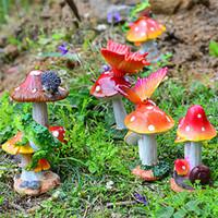 estatuas de resina de hadas al por mayor-1 pieza de resina de hongo con adorno animal Fairy Garden Mushroom decoración de jardín ornamento para DIY casa de muñecas maceta plantas estatua