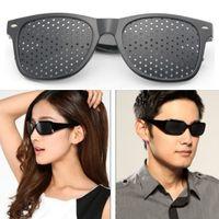 melhorar a visão venda por atacado-Pin hole Óculos Unisex Vision Care Anti-fadiga Óculos Pinhole Exercício de Visão Melhorar A Cura Natural Óculos