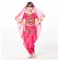 traje indiano crianças venda por atacado-Crianças Indian Dance 5-piece Set Top Traje, Cinto, Calças e Peças de Cabeça Pulseiras de Moedas Trajes de Dança de Bollywood para Crianças