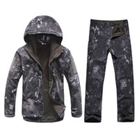 Wholesale waterproof cycling pants men for sale - Group buy Outdoor Sports Waterproof Warm Camo Suits Men Winter Cycling Hunting Camping Climbing Fleece Windproof Thermal Jackets Pants Set