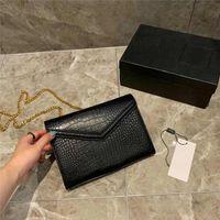 мешки аллигатора золото оптовых-Роскошная дизайнерская сумочка из кожи Аллигатора с рисунком женские дизайнерские сумки Золотая цепочка с ремешком через плечо Дизайнерские сумки
