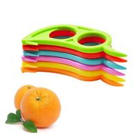 Fruit Slicer Plastic Kitchen Gadgets Lemon Orange Citrus Opener Peeler Remover Slicer Cutter Quickly Stripping Kitchen Tool