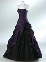 robe longue plissée noire achat en gros de-Robes de mariée violettes et noires foncées avec jupe en cascade sans manches décolleté en coeur plissé étage longueur Corset robes de mariée