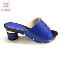 blaue hochzeit sandalen fersen großhandel-Königsblau Farbe Italienische Frauen Sandalen Schuh für Party Afrikanische Hochzeit Low Heels Slip on Frauen Pumpt Hohe Qualität Hochzeitsschuhe