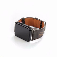 bracelets de montre en cuir achat en gros de-Bracelets de montre en cuir de luxe pour Apple Watch Band 42mm 38mm 40mm 44MM iwatch 1 2 3 bandes Bracelet en cuir Bracelet de sport New Fashion Stripes