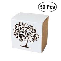 ingrosso scatole di caramelle per matrimoni-50pcs Love Tree Candy Box Delicato disegno del cassetto Hollow Carved Style Candy Holders Gift Box Paper Favor per matrimoni Feste