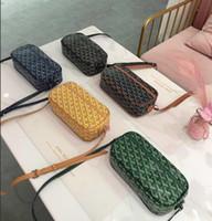 ingrosso borse di design uniche-Celebrity Lady Hand Bag Rosa Beige Borse di lusso Borse donna Designer 2018 New Unique Lolita Novità Girls Handbag Lock