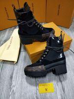 meistverkaufte high heels großhandel-2019 heißer Verkauf weibliche echte Lederstiefel mit groben Absätzen hohe Top-Qualität der besten Schuhe Damenschuhe