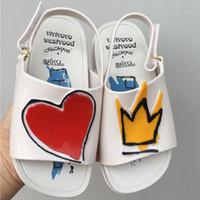 babymädchen rote sandalen großhandel-Melissa Crown und Red Heart Mini Sandalen Sommer Regen Schuhe Gelee Schuh Baby Mädchen Rutschfeste Kinder Sandale Kleinkind