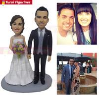 estatuas de amor al por mayor-Pareja Bobblehead Sr. y Sra. Pastel topper Pastel de boda topper rústico Personalizado mini amor estatua personalizada bobblehead figuras muñecas
