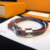 designer men s leather bracelets großhandel-Marke Lederarmbänder Schmuck für Frauen Männer 316L Edelstahl Designer Armbänder Armreifen Pulseiras Zubehör Geschenke Weihnachten Mutter 143