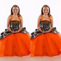 ingrosso vestito da partito arancione dei bambini-Spaghetti Camo Satin Fiori d'arancio Abiti per ragazze Gonna in tulle Abiti da cerimonia per bambini formali lunghi online personalizzati Abiti da festa per bambina