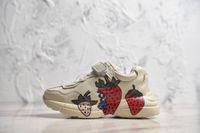 topuk ayakkabıları kız çocukları toptan satış-2019 Çocuk Ayakkabı oğlan kız Sneaker çocuk Karışık Renkler Kalın Topuk Büyükbaba Baba Trainer Triple-S Bebek Ayakkabıları ile Casual Ayakkabı size28-35