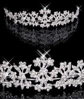 prinzessin tiara krone lila großhandel-Haar Diademe Auf Lager Günstige Diamant Strass Hochzeit Krone Haarband Tiara Braut Prom Abendschmuck Kopfschmuck 18027
