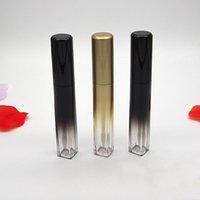 ingrosso fondo del contenitore-7ml Lip Gloss tubi vuoti Lip Glaze Bottiglia, inferiore Quadrato nero dell'oro di colore di pendenza Stick Labbra Imballaggio Contenitore DHL
