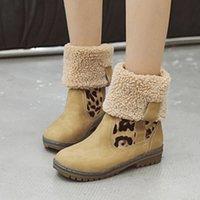 zapatos plegables mujeres al por mayor-MoneRffi botas de invierno de las mujeres La nieve caliente botas de leopardo hebilla plegable felpa talones bajos Zapatos de mitad de la pantorrilla Botas Mujer Mujer